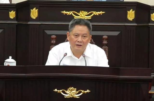 上海市副市长龚道安被免职